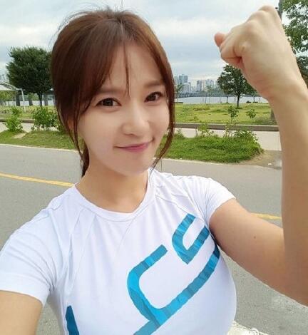 韩国十大网红美女榜单出炉_你认识几个呢