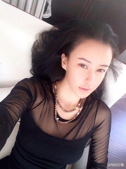 她是亚洲最美的瑜伽女神_韩国瑜伽教练完败于她